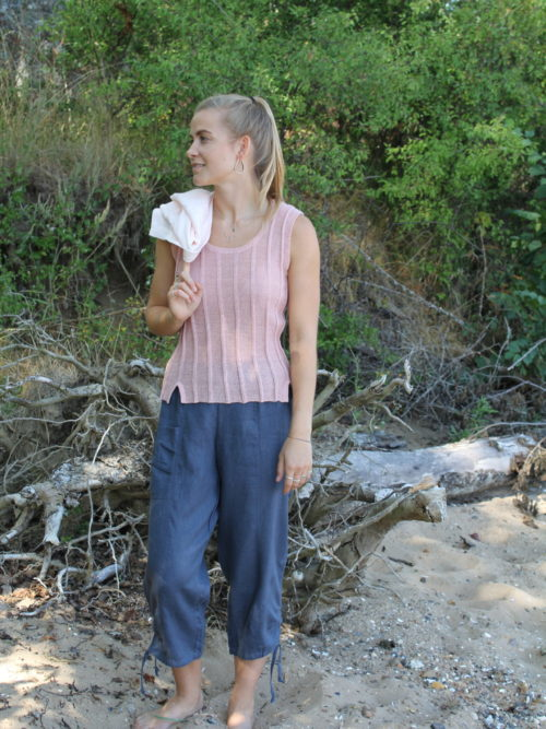 Knitted rosa linen top