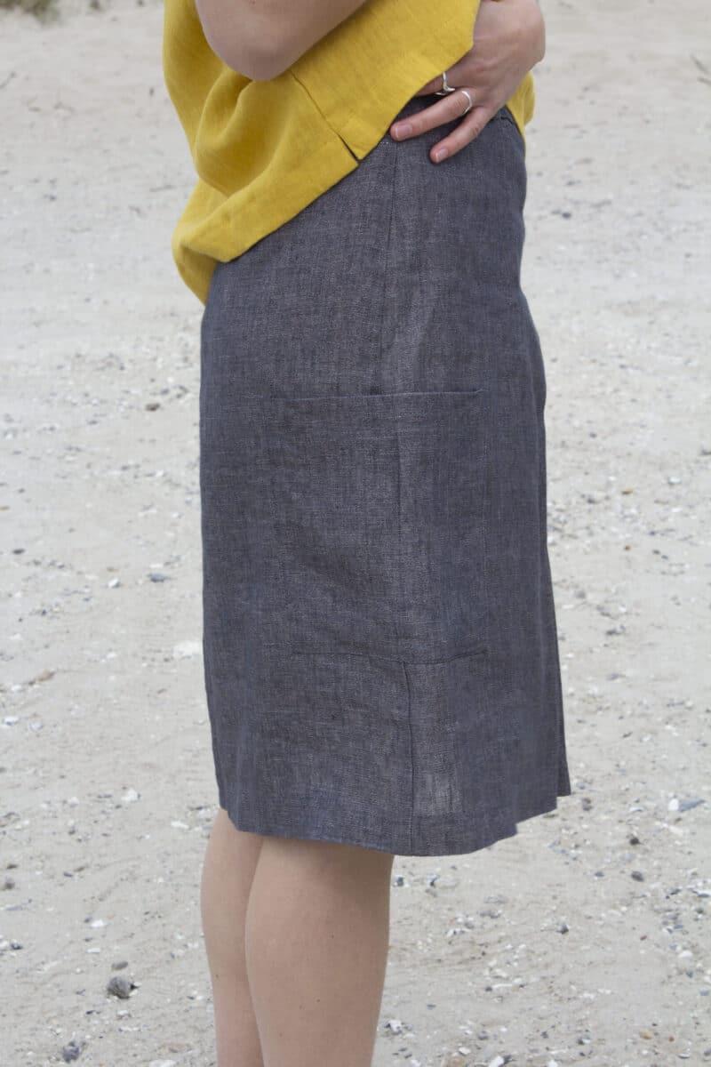 Grå hør nederdel detalje