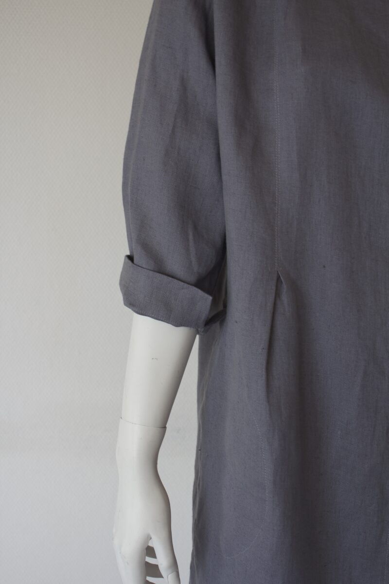 Linen jacket sleeve detail