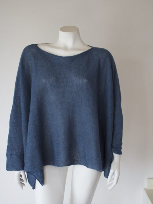Knitted linen blouse long sleeves