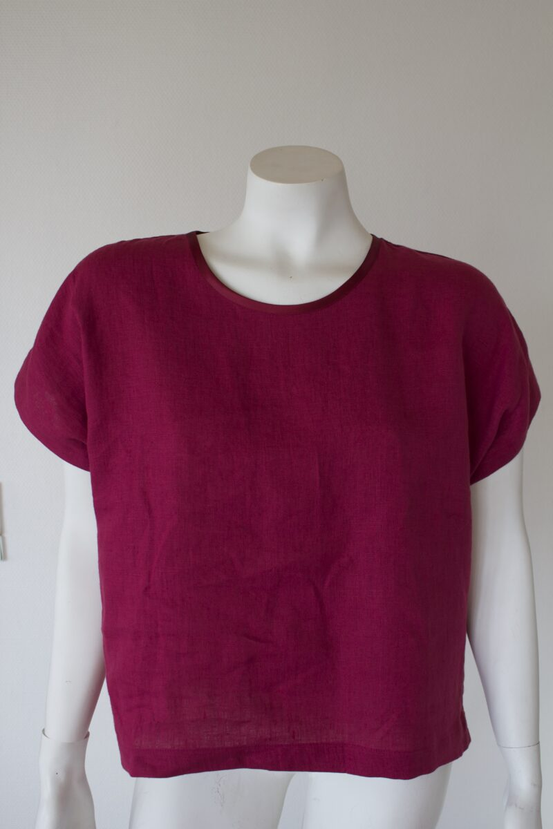 Cherise linen top from the front