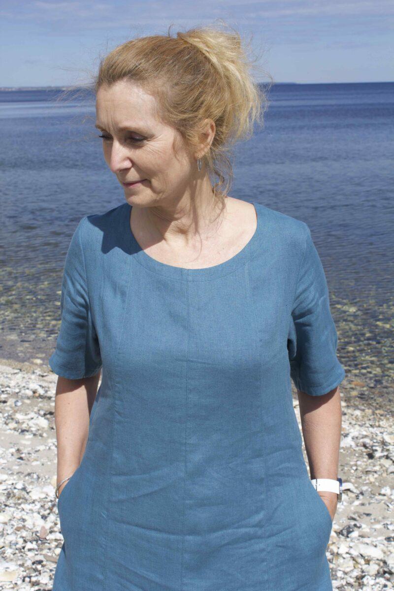 blå sommerkjole i hør