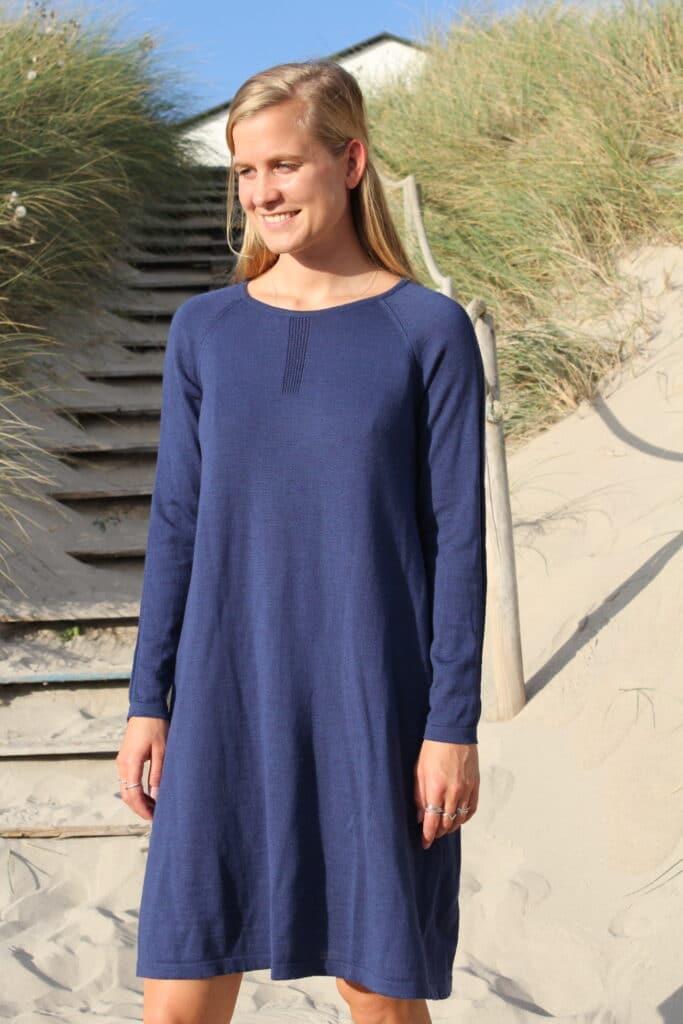 blå merinould kjole